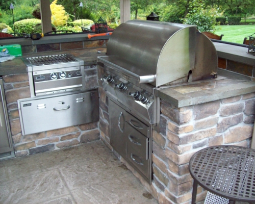 The outdoor kitchen before